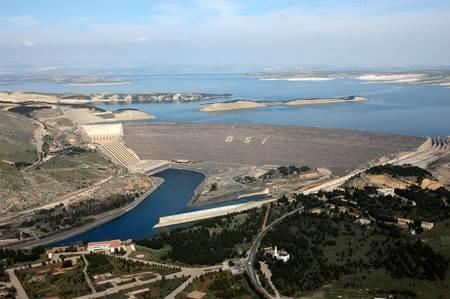 Adıyaman Atatürk Baraj Gölü