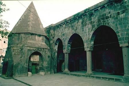 bitlis Şerefiye Külliyesi ve Camii
