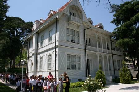 Bursa Ataturk Evi Müzesi