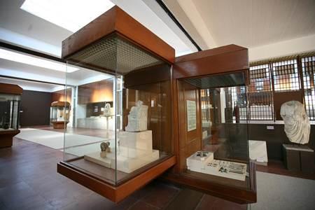 Canakkale Arkeoloji Müzesi-2