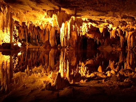 Antalya Doğal Güzellik - Damlataş Mağarası