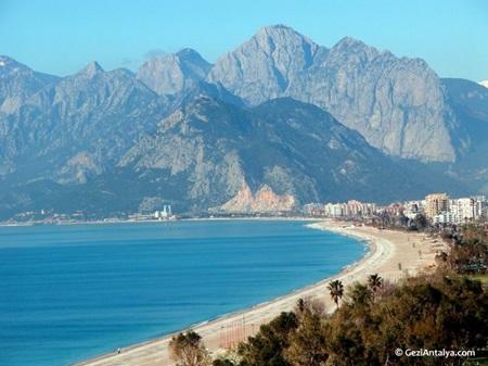 Antalya Doğal Güzellik - Konyaaltı Plajı