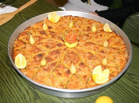 denizli yöresel yemekleri leyen böreği
